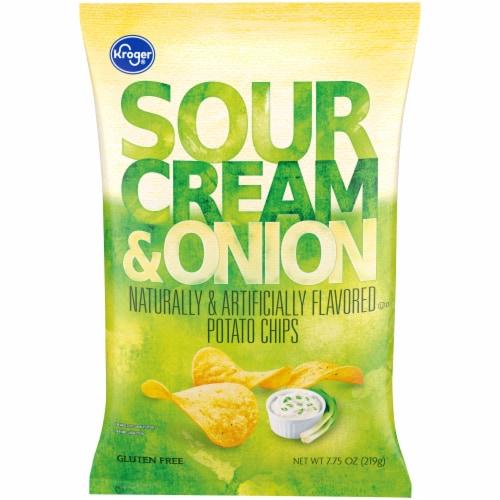 Kroger® Sour Cream & Onion Potato Chips Perspective: front