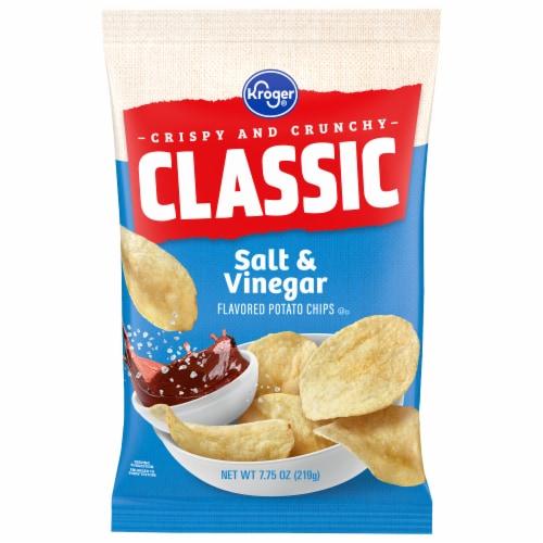 Kroger® Salt & Vinegar Potato Chips Perspective: front