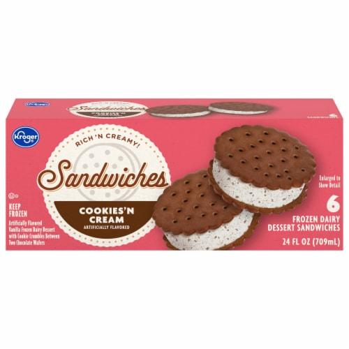 Kroger® Big Wheels Cookies 'N Cream Round Ice Cream Sandwiches Perspective: front