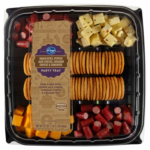 Kroger® Snack Bites Pepper Jack Cheese Cheddar Cheese & Crackers Party Tray Perspective: front