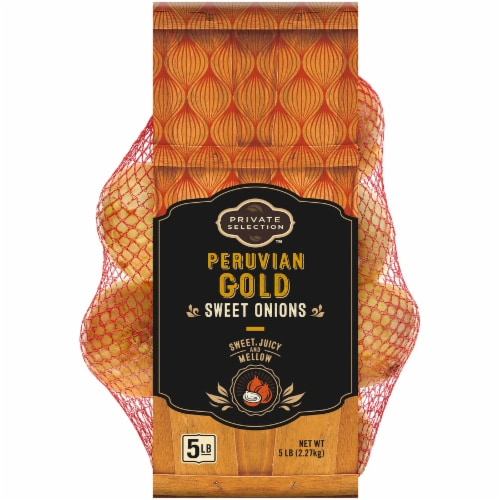 Private Selection™ Peruvian Gold Sweet Onions Perspective: front