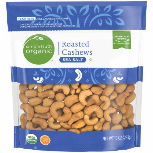 Simple Truth Organic™ Sea Salt Roasted Cashews Perspective: front