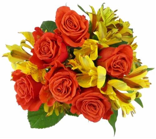 BLOOM HAUS™ Splendid Orange Rose Bouquet Perspective: front
