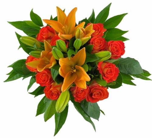 Bloom Haus™ 12 Plus Bouquet - Orange Perspective: front