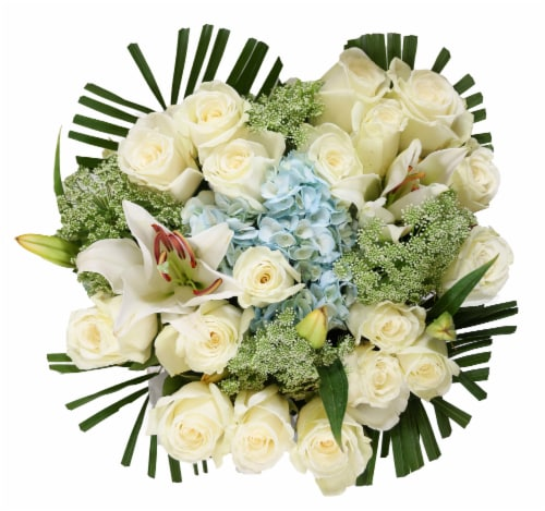 Bloom Haus Noble White Rose Bouquet Perspective: front