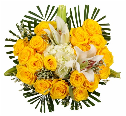 BLOOM HAUS Noble Yellow Rose Boquet Perspective: front