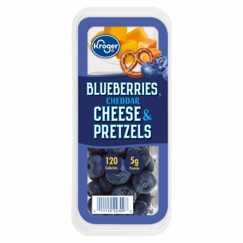 Kroger® Bluberries Cheddar Cheese & Pretzels Snack Tray Perspective: front