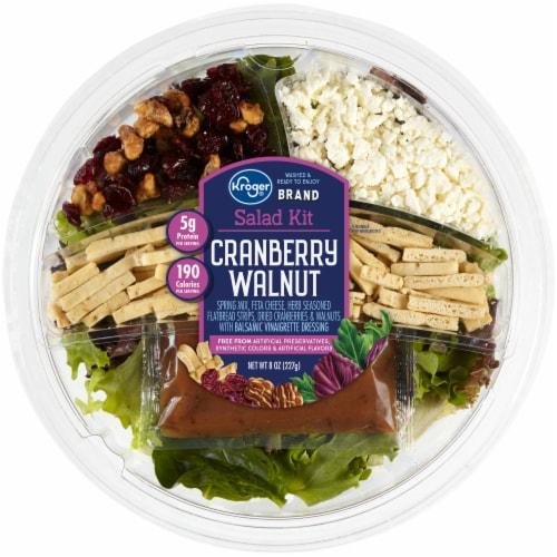 Kroger® Cranberry Walnut Salad Kit Perspective: front