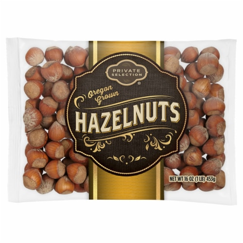 Private Selection In-Shell Hazelnuts Perspective: front