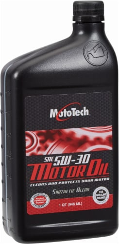 Moto Tech® 5W-30 Motor Oil Perspective: front