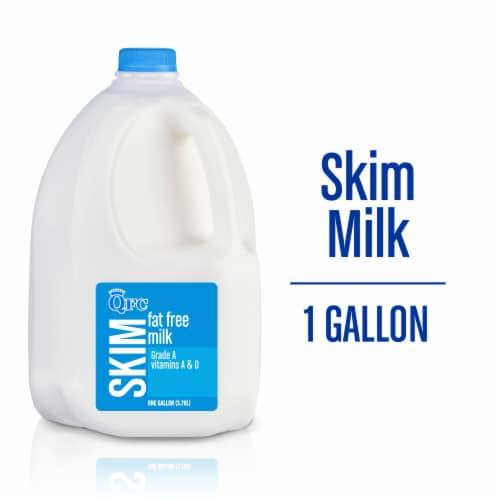 QFC Fat Free Skim Milk Perspective: front