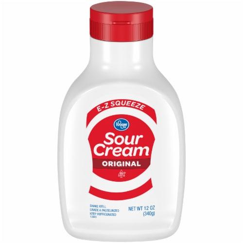 Kroger®  E-Z Squeeze Original Sour Cream Bottle Perspective: front
