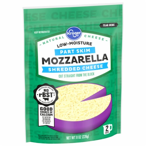 Kroger® Shredded Low-Moisture Mozzarella Cheese Perspective: front