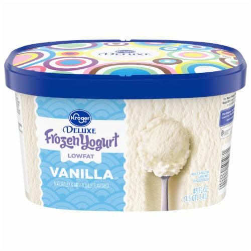 Kroger® Deluxe Lowfat Vanilla Frozen Yogurt Perspective: front