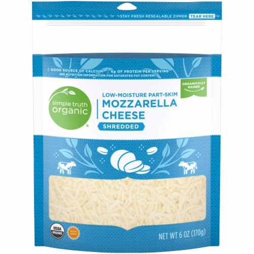 Simple Truth Organic® Shredded Mozzarella Cheese Perspective: front