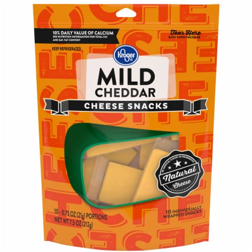Kroger® Mild Cheddar Snack Cheese Perspective: front
