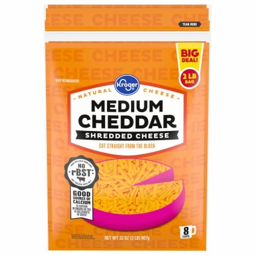 Kroger® Shredded Medium Cheddar Cheese Perspective: front