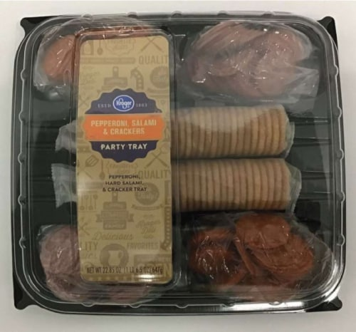 Kroger® Pepperoni Salami & Crackers Party Tray Perspective: front