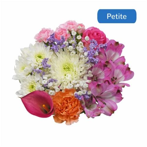 Bloom Haus Minuet Pink/Lavender/White Bouquet Perspective: front