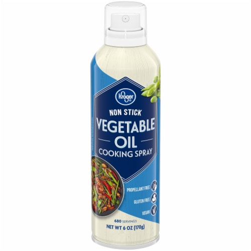 Kroger® Non Stick Vegetable Oil Cooking Spray Perspective: front