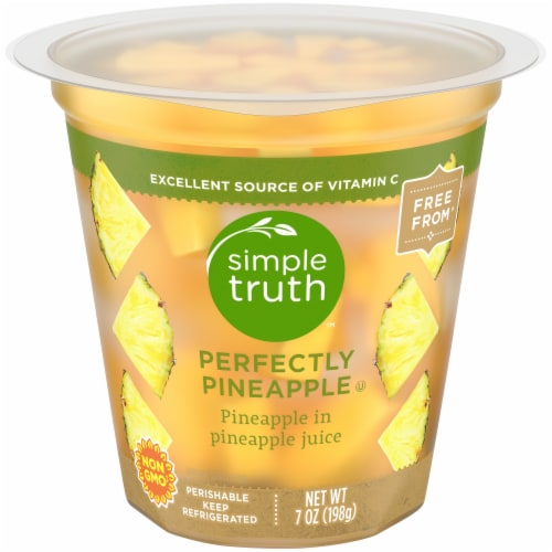 Simple Truth™ Perfectly Pineapple Fruit Cup Perspective: front