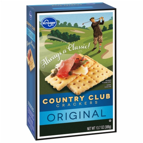 Kroger® Country Club Crackers Perspective: front