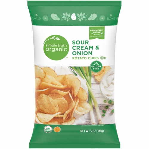 Simple Truth Organic™ Sour Cream & Onion Potato Chips Perspective: front