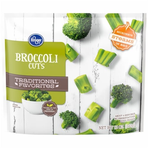 Kroger® Traditional Favorites Broccoli Cuts Perspective: front
