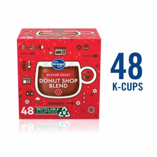 Kroger® Donut Shop Blend Medium Roast Coffee K-Cup® Pods Perspective: front