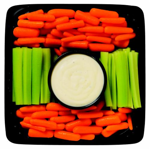 Deli Carrot & Celery Medium Tray Perspective: front