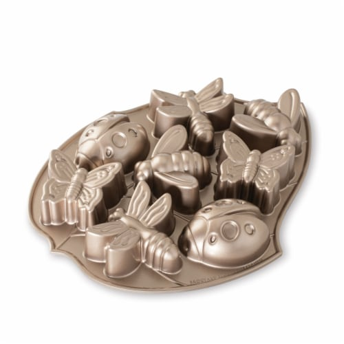 Nordic Ware Backyard Bugs Pan Perspective: front