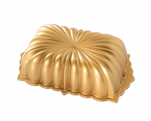 Nordic Ware Classic Fluted Loaf Pan Perspective: front