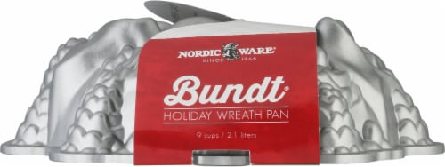Nordic Ware Holiday Wreath Bundt Pan Perspective: front
