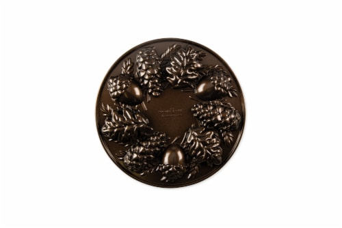 Nordic Ware Woodland Cakelet Pan Perspective: front
