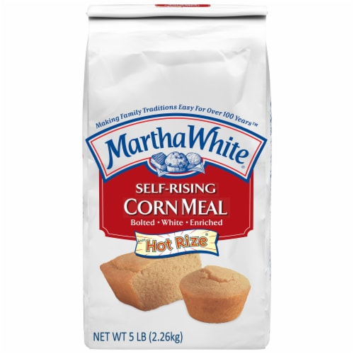 Martha White Self-Rising Corn Meal Mix Perspective: front