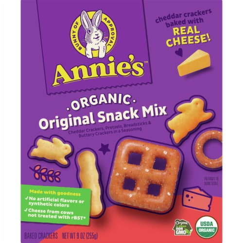 Annie's Organic Original Snack Mix Perspective: front