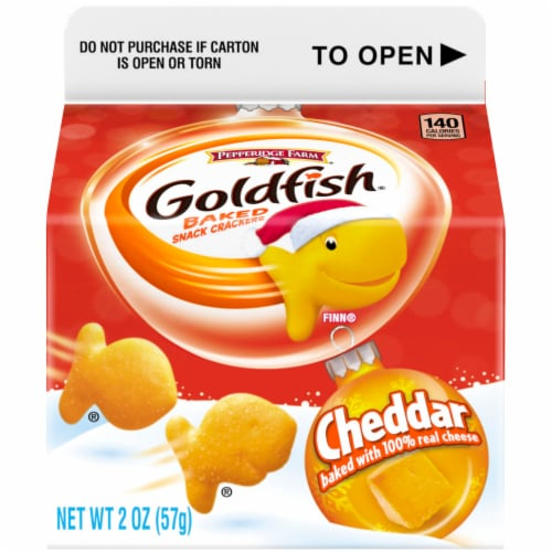 Goldfish Cheddar Crackers Perspective: front