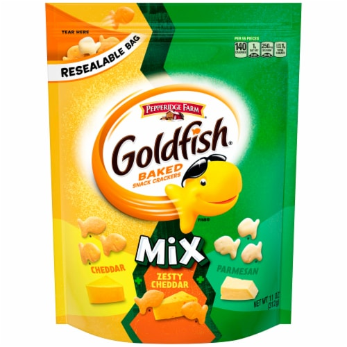 Goldfish Mix Three Cheese Baked Snack Crackers Perspective: front