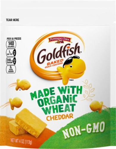 Goldfish Organic Wheat Cheddar Baked Snack Crackers Perspective: front