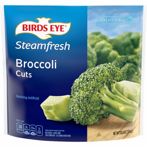 Birds Eye Steamfresh Broccoli Cuts Frozen Vegetables Perspective: front