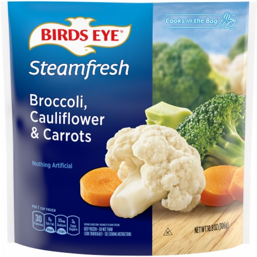 Birds Eye Steamfresh Broccoli Cauliflower & Carrots Perspective: front