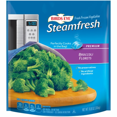 Birds Eye Steamfresh Broccoli Florets Perspective: front