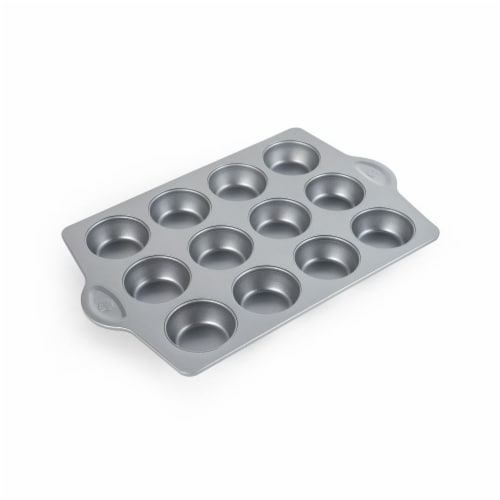 Allrecipes Muffin Pan Perspective: front
