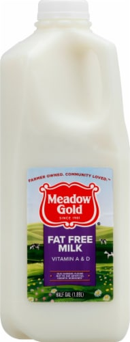 Meadow Gold Fat Free Skim Milk Perspective: front