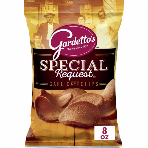 Gardetto's Special Request Garlic Rye Chips Perspective: front