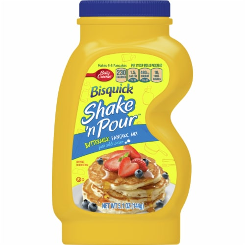 Bisquick Shake 'n Pour Buttermilk Pancake Mix Perspective: front