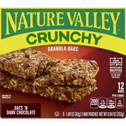 Nature Valley Crunchy Oats 'n Dark Chocolate Granola Bars Perspective: front