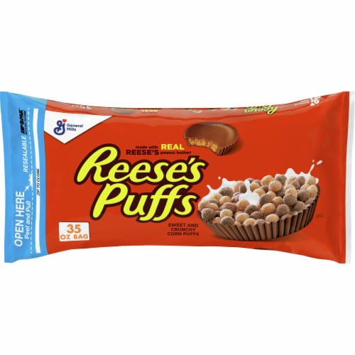 Reese's Puffs Sweet and Crunchy Corn Puffs Cereal Perspective: front