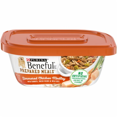 Beneful Prepared Meals Simmered Chicken Medley Adult Wet Dog Food Perspective: front