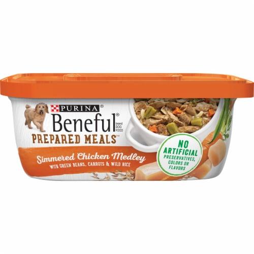 Beneful Prepared Meals Simmered Chicken Medley Wet Dog Food Perspective: front